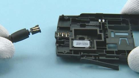 Как разобрать телефон Nokia X2 01 для замены дисплея или корпуса (23)