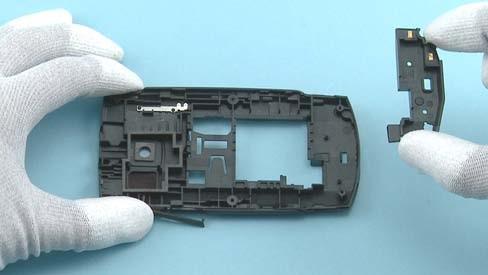 Как разобрать телефон Nokia X2 01 для замены дисплея или корпуса (17)