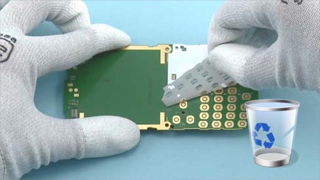 Как разобрать телефон Nokia X2 01 для замены дисплея или корпуса (9)