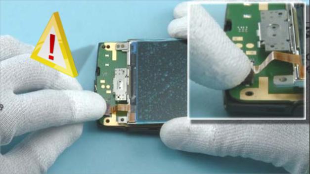 Как разобрать телефон Nokia X2 01 для замены дисплея или корпуса (6)