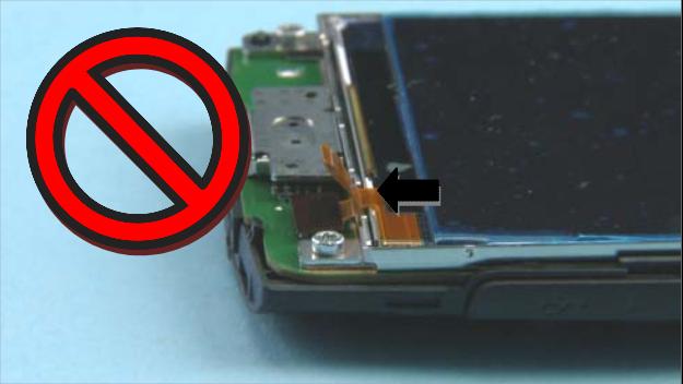 Как разобрать телефон Nokia X2 01 для замены дисплея или корпуса (3)