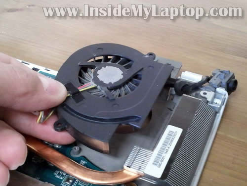 Как разобрать ноутбук Sony Vaio VGN-FW170J (1)
