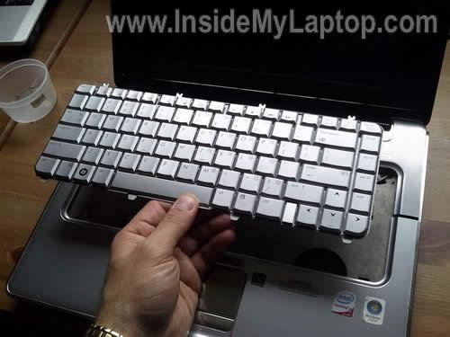 Как разобрать ноутбук HP Pavilion dv5 (17)