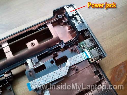 Как разобрать ноутбук HP Pavilion dv5 (32)