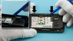 Как разобрать телефон Nokia C6-01 (8)