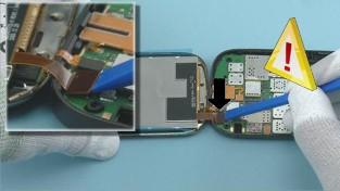 Как разобрать телефон Nokia C7-00 (23)