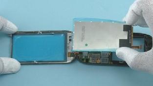 Как разобрать телефон Nokia C7-00 (24)