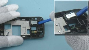 Как разобрать телефон Nokia C6-01 (29)