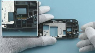 Как разобрать телефон Nokia C6-01 (31)