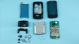 Как разобрать телефон Nokia C6-01 (34)