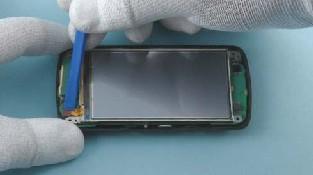 Как разобрать телефон Nokia C6-01 (39)