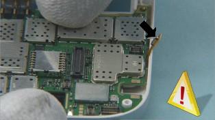 Как разобрать телефон Nokia C7-00 (57)