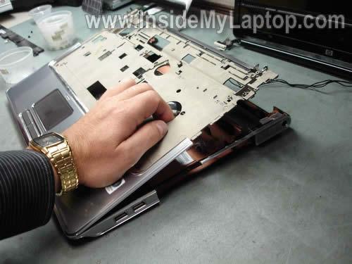 Как разобрать ноутбук HP Pavilion dv7 (22)