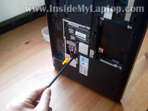 Как разобрать ноутбук HP G62 или Compaq Presario CQ62 (7)
