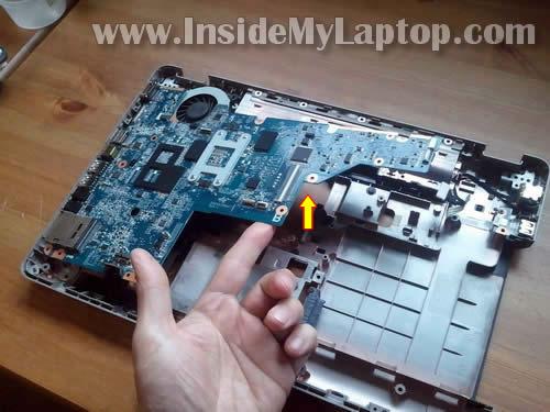 Как разобрать ноутбук HP G62 или Compaq Presario CQ62 (24)
