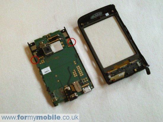 Как разобрать телефон Sony Ericsson Xperia X10 Mini (8)
