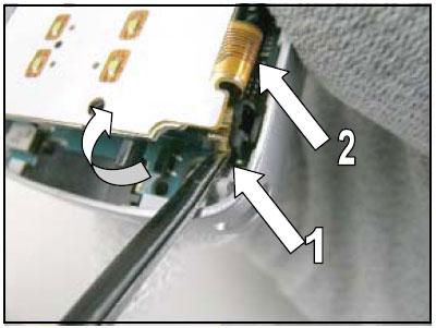 Как разобрать телефон Sony Ericsson D750i/K758c/W800/W700 (32)