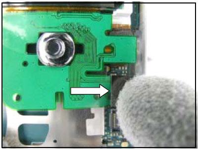 Как собрать телефон Sony Ericsson D750i/K758c/W800/W700 после замены деталей (59)