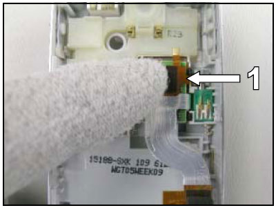 Как собрать телефон Sony Ericsson D750i/K758c/W800/W700 после замены деталей (52)