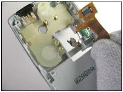 Как собрать телефон Sony Ericsson D750i/K758c/W800/W700 после замены деталей (40)