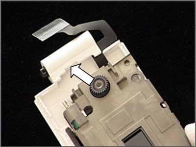 Как собрать телефон Sony Ericsson Z550i/Z550c/Z550a/Z558i/Z558c после замены деталей (5)