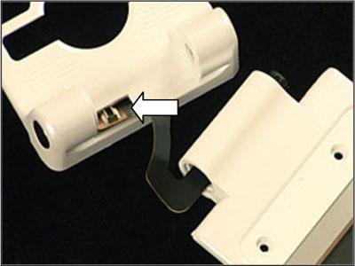 Как собрать телефон Sony Ericsson Z550i/Z550c/Z550a/Z558i/Z558c после замены деталей (7)