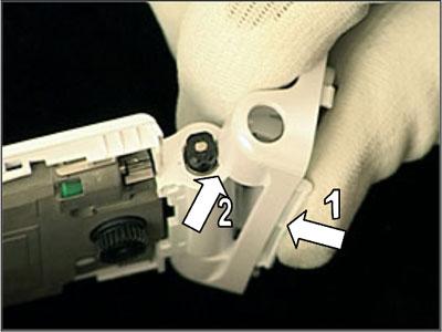 Как собрать телефон Sony Ericsson Z550i/Z550c/Z550a/Z558i/Z558c после замены деталей (9)