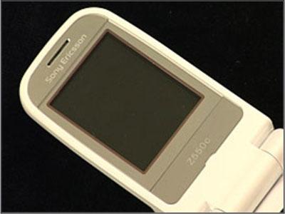 Как собрать телефон Sony Ericsson Z550i/Z550c/Z550a/Z558i/Z558c после замены деталей (17)