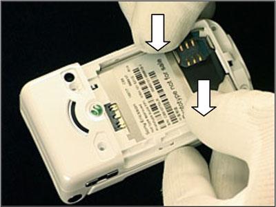 Как собрать телефон Sony Ericsson Z550i/Z550c/Z550a/Z558i/Z558c после замены деталей (34)