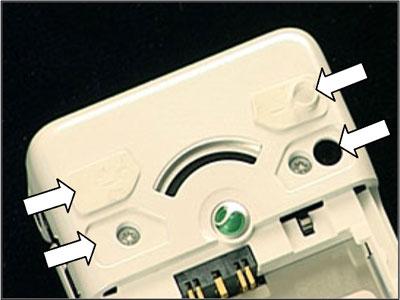 Как собрать телефон Sony Ericsson Z550i/Z550c/Z550a/Z558i/Z558c после замены деталей (36)