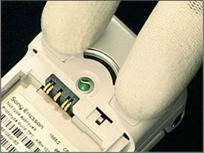 Как собрать телефон Sony Ericsson Z550i/Z550c/Z550a/Z558i/Z558c после замены деталей (38)