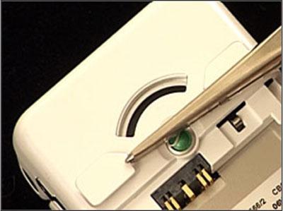Как собрать телефон Sony Ericsson Z550i/Z550c/Z550a/Z558i/Z558c после замены деталей (39)