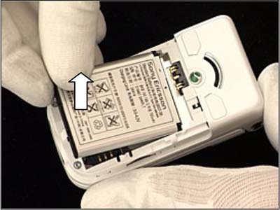 Как разобрать телефон Sony Ericsson Z550i/Z550c/Z550a/Z558i/Z558c (10)