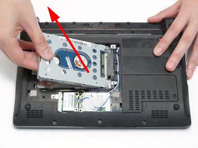 Как разобрать ноутбук Packard Bell dot s (16)
