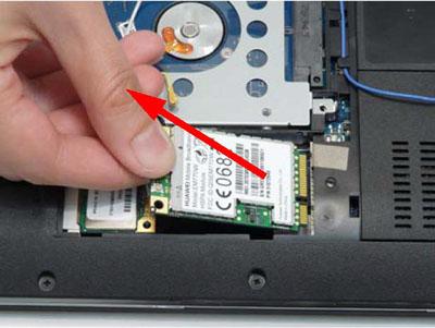 Как разобрать ноутбук Packard Bell dot s (31)