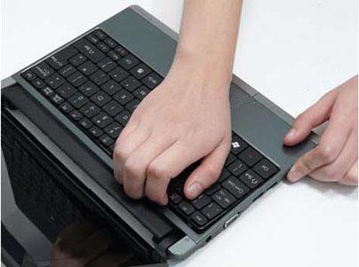 Как разобрать ноутбук Packard Bell dot s (36)
