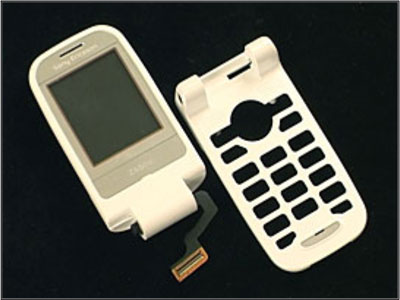 Как разобрать телефон Sony Ericsson Z550i/Z550c/Z550a/Z558i/Z558c (36)