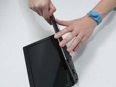 Как разобрать ноутбук Packard Bell dot s (49)