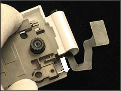 Как разобрать телефон Sony Ericsson Z550i/Z550c/Z550a/Z558i/Z558c (50)