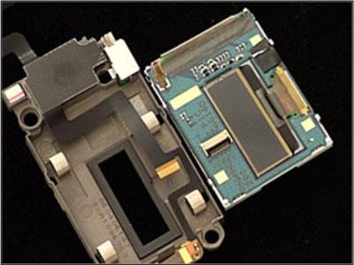 Как собрать телефон Sony Ericsson Z550i/Z550c/Z550a/Z558i/Z558c после замены деталей (20)