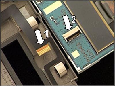 Как собрать телефон Sony Ericsson Z550i/Z550c/Z550a/Z558i/Z558c после замены деталей (21)