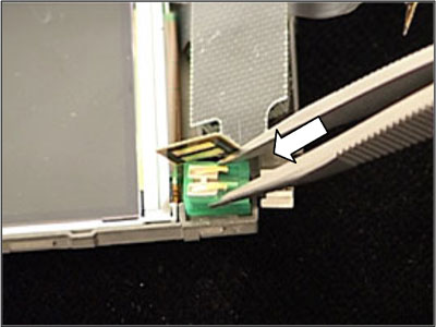 Как собрать телефон Sony Ericsson Z550i/Z550c/Z550a/Z558i/Z558c после замены деталей (45)
