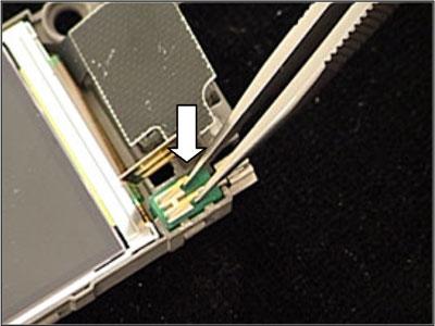Как собрать телефон Sony Ericsson Z550i/Z550c/Z550a/Z558i/Z558c после замены деталей (46)