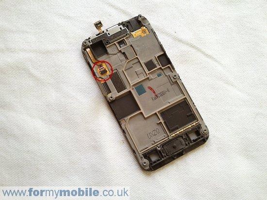 Как разобрать телефон Samsung Galaxy Ace S5830 (9)