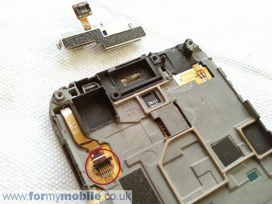 Как разобрать телефон Samsung Galaxy Ace S5830 (11)