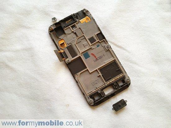 Как разобрать телефон Samsung Galaxy Ace S5830 (12)