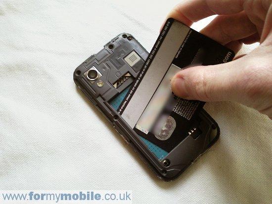 Как разобрать телефон Samsung Galaxy Ace S5830 (3)