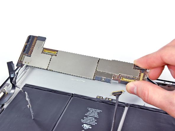 Как разобрать планшет Apple iPad 2 Wi-Fi (16)