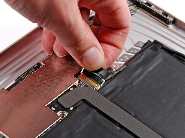 Как разобрать планшет Apple iPad Wi-Fi (20)