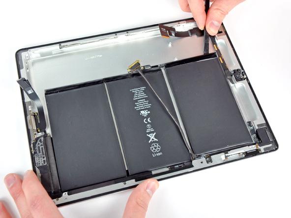 Как разобрать планшет Apple iPad 2 Wi-Fi (22)